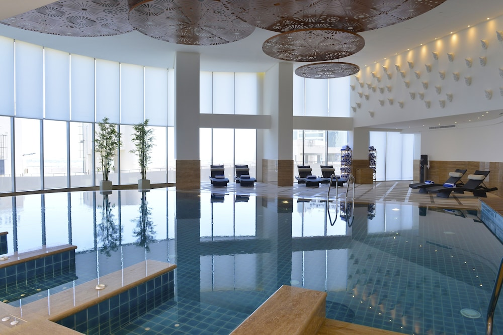 Indoor Pool, Fraser Suites Diplomatic Area Bahrain