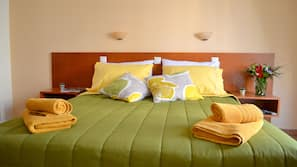 Premium bedding, down comforters, in-room safe, free WiFi