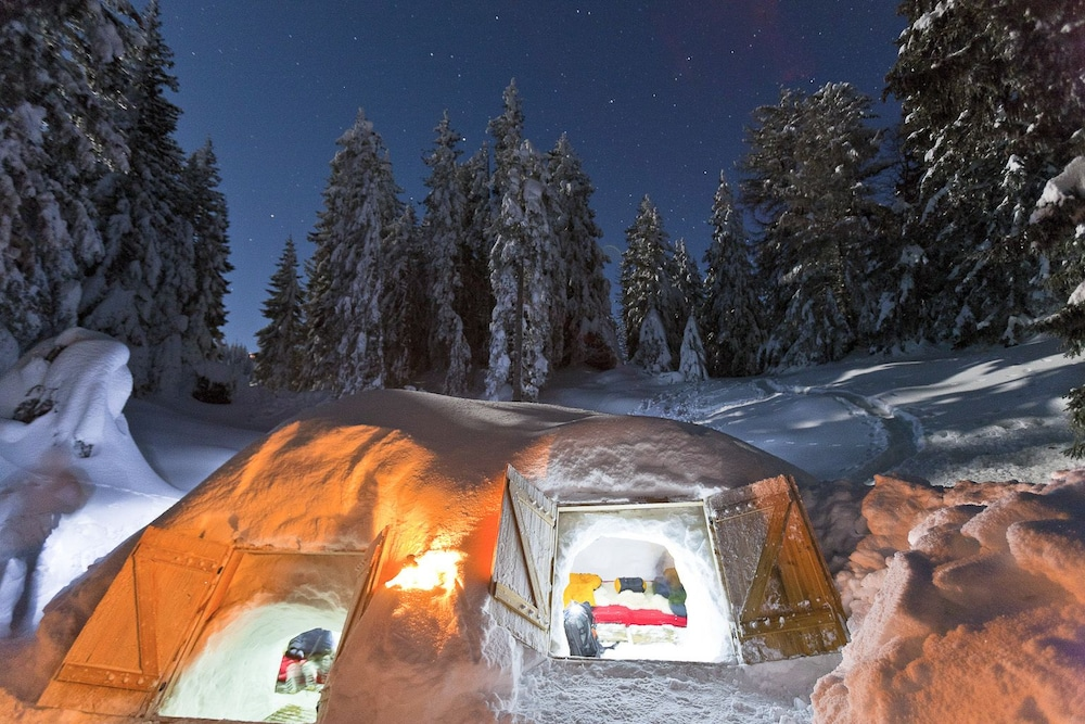 Front of Property, Eco Bivouac Village D'Igloo - Campground