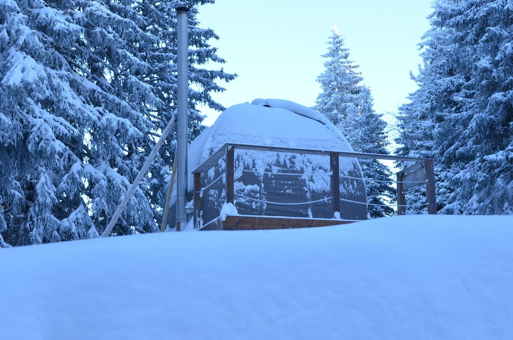 Mountain View, Eco Bivouac Village D'Igloo - Campground