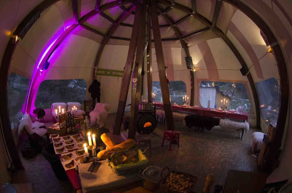 Food and Drink, Eco Bivouac Village D'Igloo - Campground