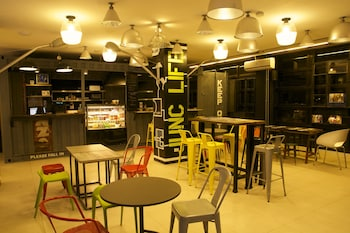 Makati Junction Hostels