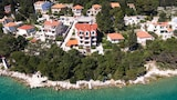 Apartments Vala - Vela Luka Hotels