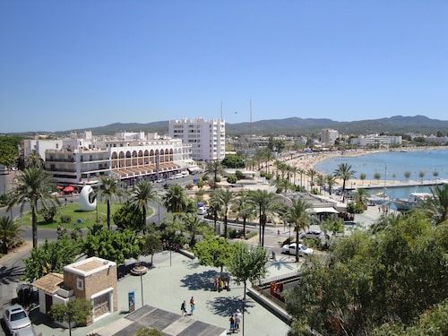 The White Apartments by Ibiza Feeling - Adults Only