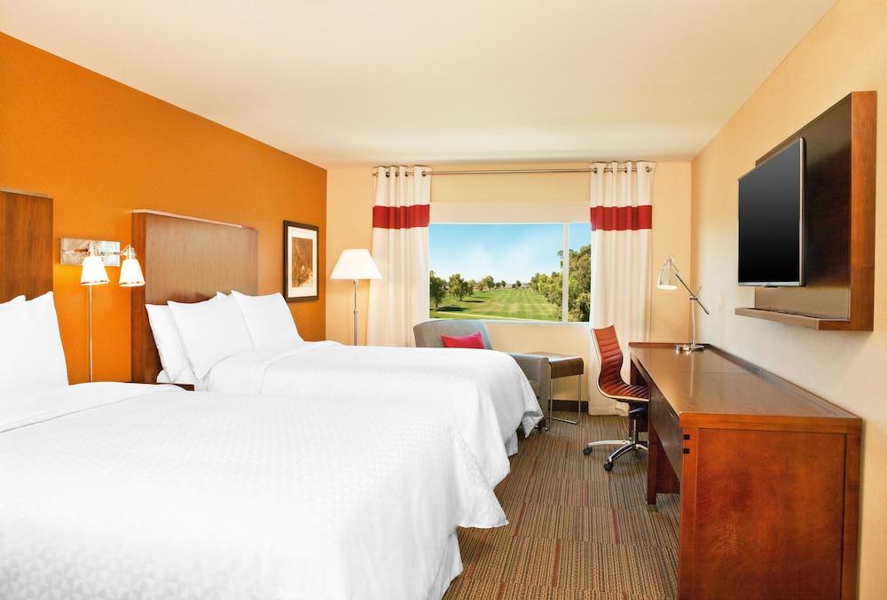Phoenix Mesa Gateway Airport Hotels