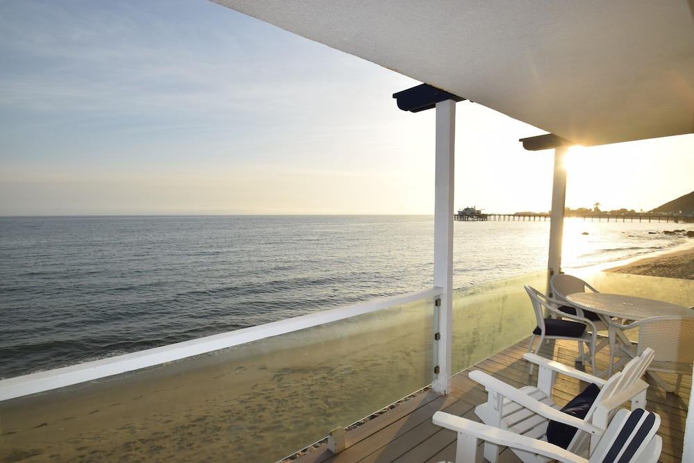 Beach/Ocean View, Malibu Beach Paradise Apartments