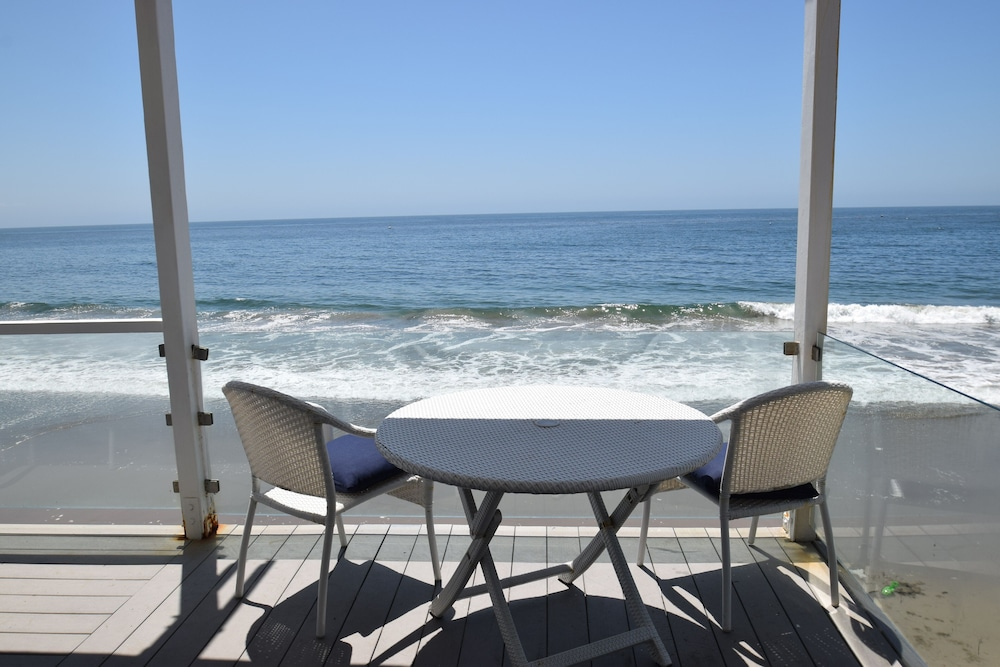 Balcony, Malibu Beach Paradise Apartments