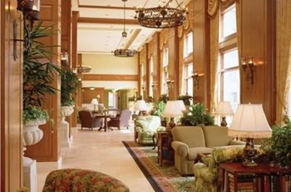 Lobby Sitting Area, The Inn on Biltmore Estate