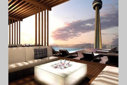View from Property, Life Suites Loft - CN Tower