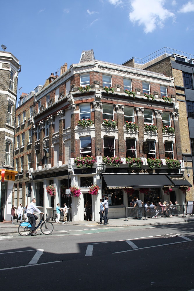 The Clerk Well Pub Rooms London