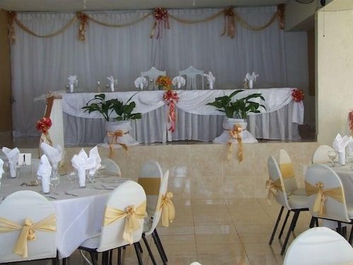 Indoor Wedding, Ocean Breeze Hotel