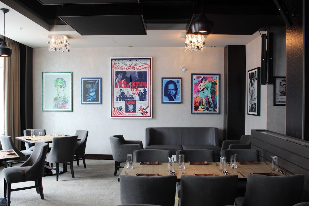 Book jag boutique hotel downtown st john 39 s hotel deals for Boutique hotels downtown