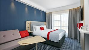 In-room safe, desk, soundproofing, free WiFi