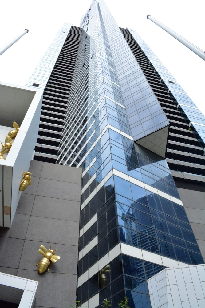 Southbank Apartments - Eureka Tower in Melbourne | Best ...