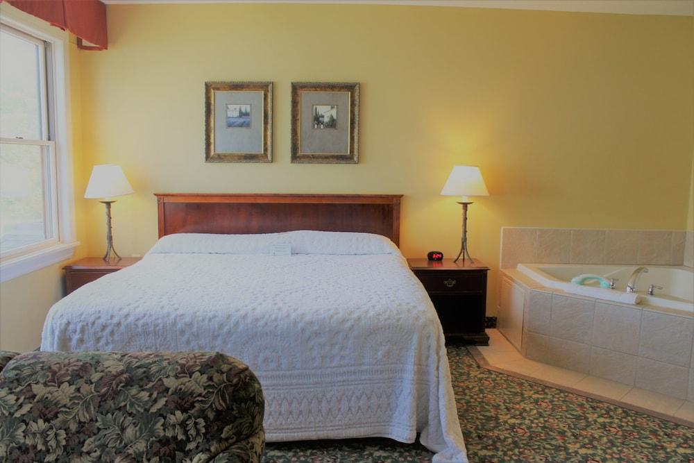 Belhurst Castle Spa Reviews