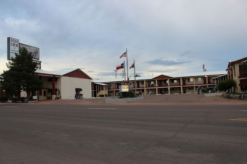 Great Place to stay Rode Inn & Suites near Springerville