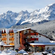 The 10 Top 3 Star Hotels In Paganella Plateau From 64 In