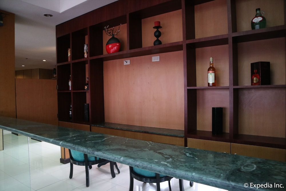 Bar, Hotel Sogo Bacoor