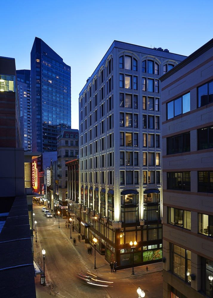 Front of Property - Evening/Night, The Godfrey Hotel Boston