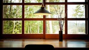 羽絨被、窗簾、隔音、免費 Wi-Fi