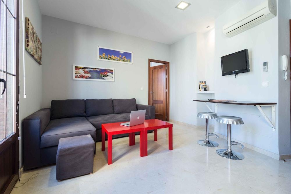 Área común apartamentos rey de sevilla