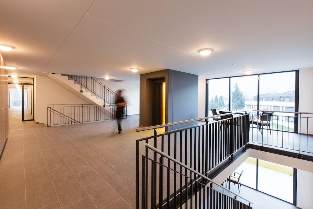 wohntel wohnen wie im hotel sevelen empfehlungen fotos angebote. Black Bedroom Furniture Sets. Home Design Ideas