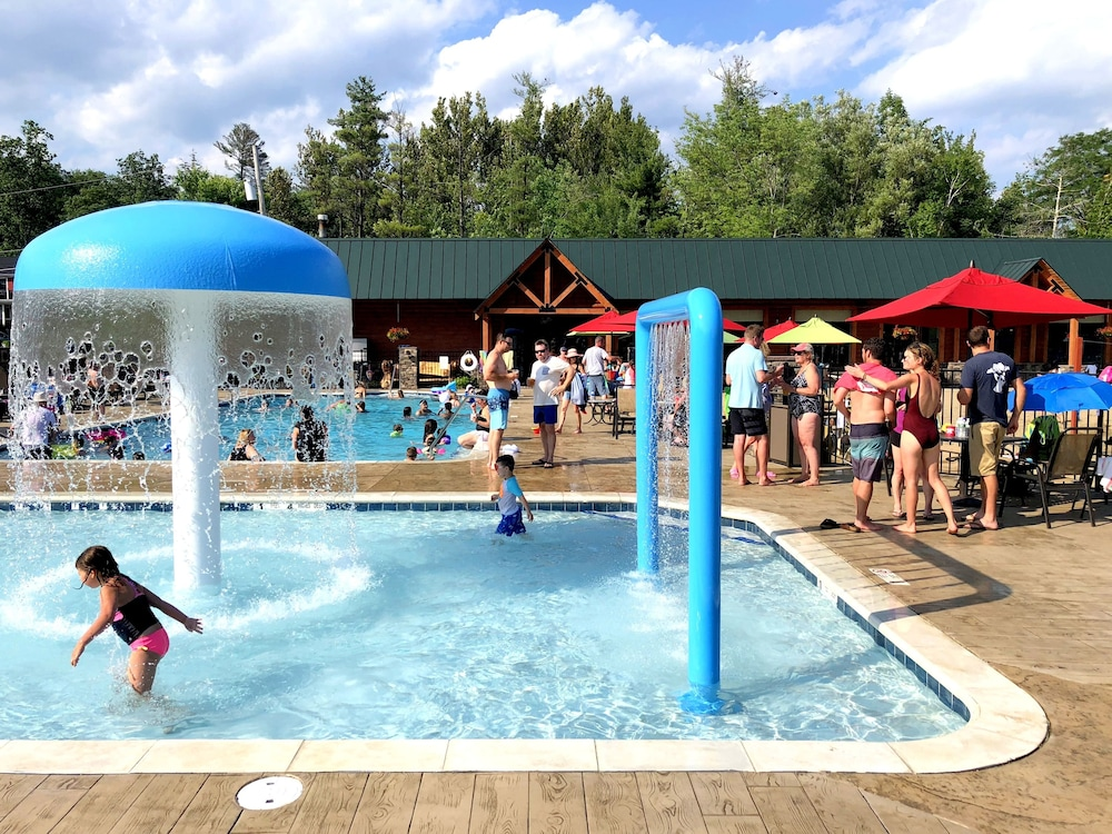 Children's Pool, Scotty's Lakeside Resort