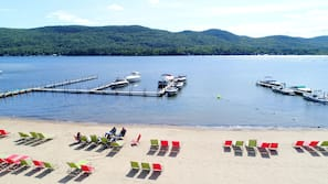 Private beach, sun-loungers, beach umbrellas, beach volleyball