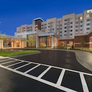 Embassy Suites Chicago Naperville