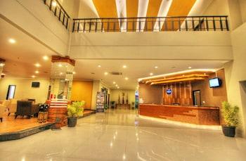 Hotel Dafam Pekalongan Pekalongan Room Prices Reviews Travelocity
