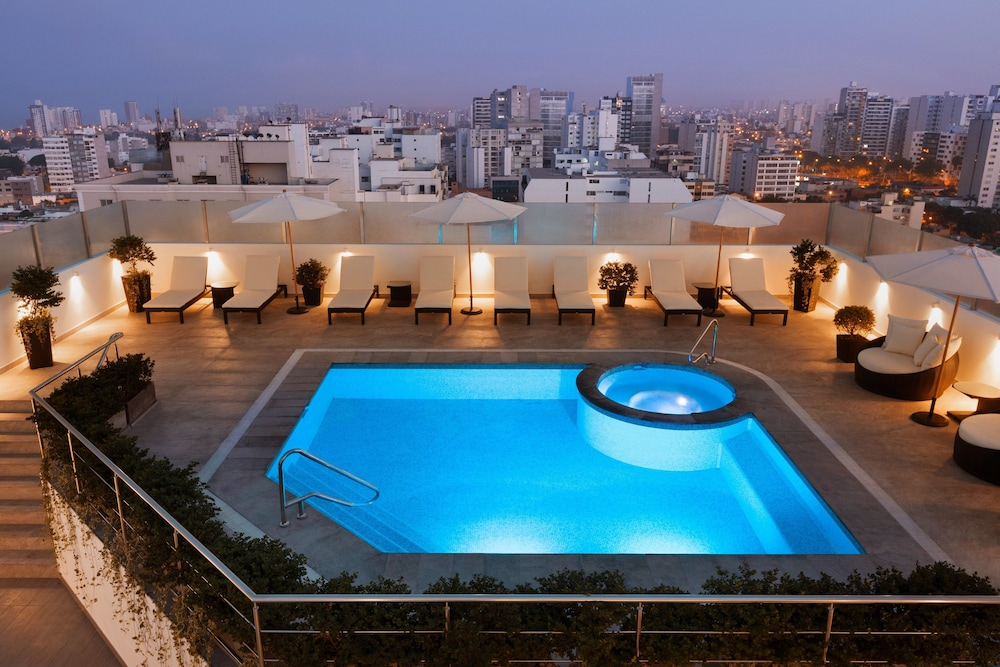 Rooftop Pool, Wyndham Costa Del Sol Lima City