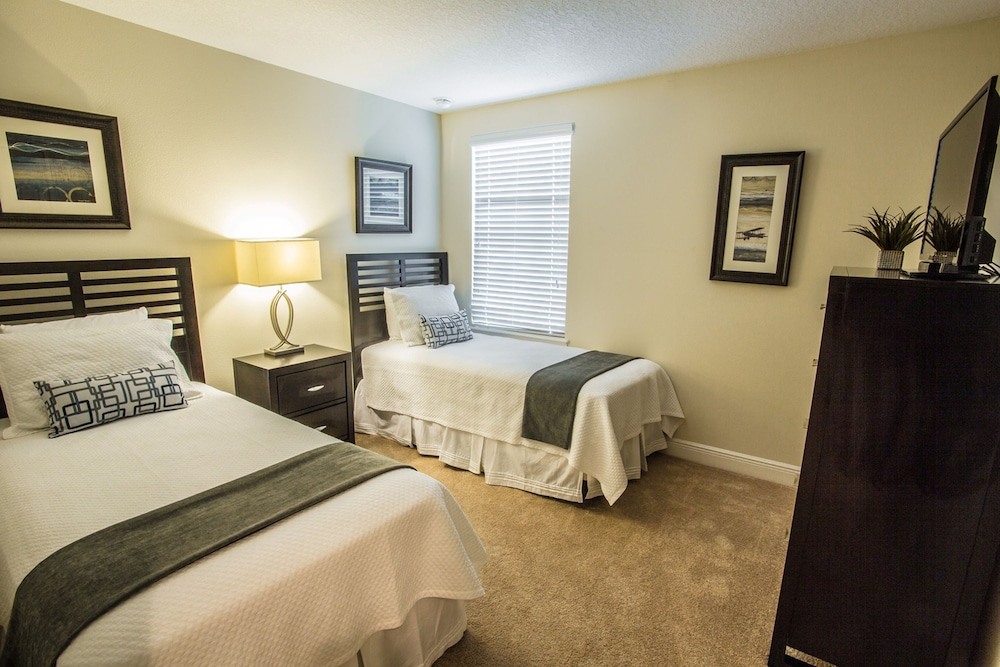 The fountains at championsgate davenport fl 8101 for Sofa bed 8101