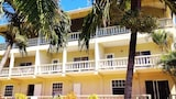 Island inn Apartments - Bequia Island Hotels