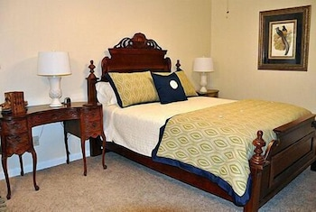 Racers Retreat Bed And Breakfast In Gainesville Hotel Rates