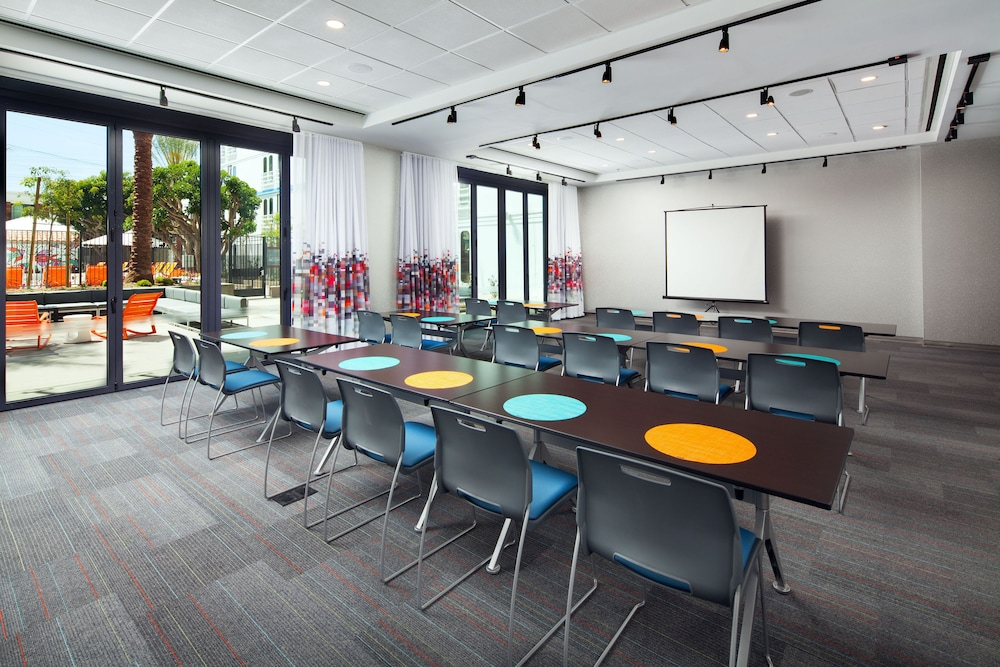 Meeting Facility, Aloft El Segundo - Los Angeles Airport