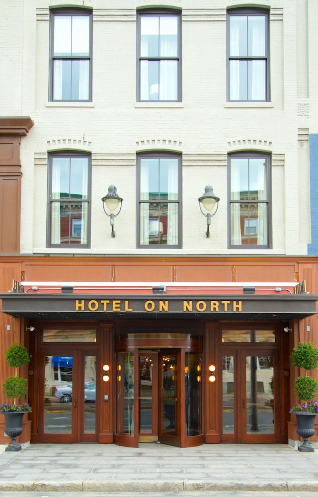Property Entrance, Hotel On North