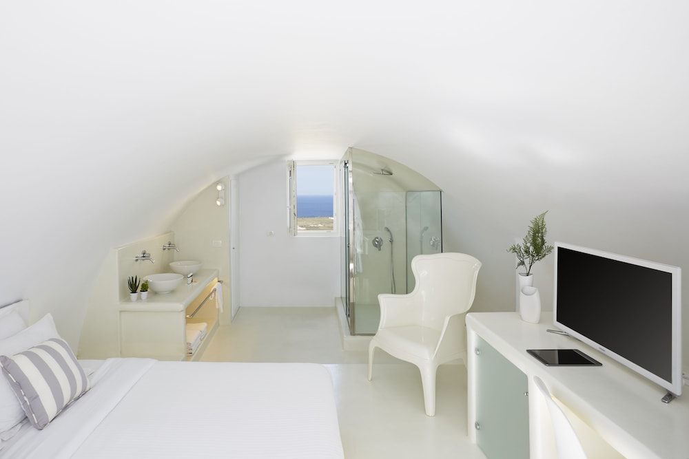 Room, Oia Collection Boutique Suites
