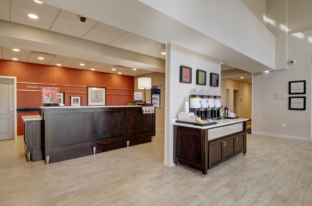 Reception, Hampton Inn & Suites Springfield / Downtown