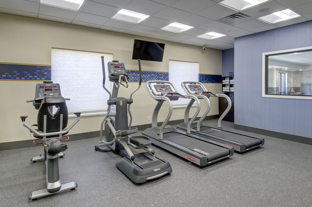 Gym, Hampton Inn & Suites Springfield / Downtown
