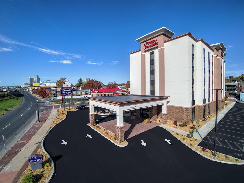 Featured Image, Hampton Inn & Suites Springfield / Downtown