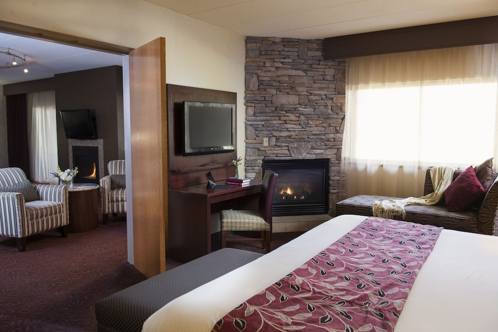 Ho-Chunk Casino Hotel - Wisconsin Dells in Baraboo   Cheap Hotel