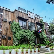 Cabins By Eco Hotel Tagaytay