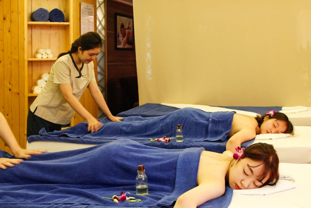 Massage, Diamond Sea Hotel