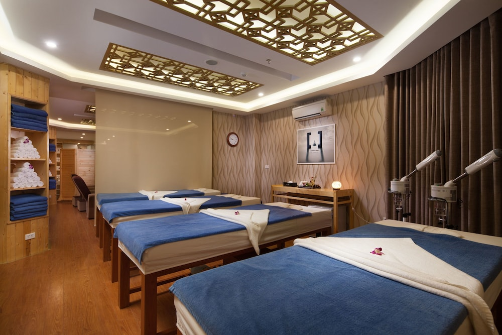Treatment Room, Diamond Sea Hotel
