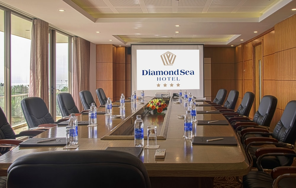 Business Center, Diamond Sea Hotel