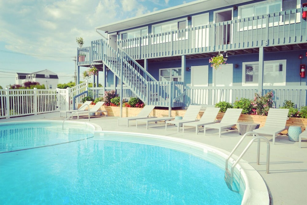 Outdoor Pool, Haven Montauk