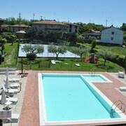Hotel 2 stelle a Lago di Garda | Alberghi Economici con Expedia