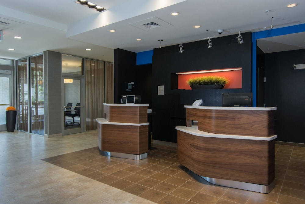 Lobby, Courtyard Raleigh-Durham Airport/Brier Creek