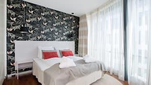 Premium bedding, pillow-top beds, cots/infant beds, WiFi