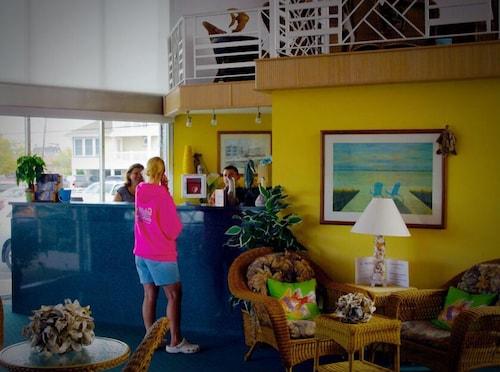 Astonishing Jolly Roger Motel In Cape May Wildwood Nj Expedia Interior Design Ideas Lukepblogthenellocom